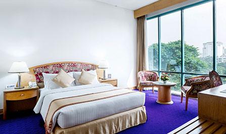 Hotel Lake Castle